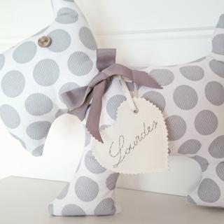 cojin-perro-personalizado-gris-regalos-con-tela