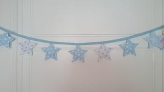 guirnalda-estrellas-azul-regalos-con-tela