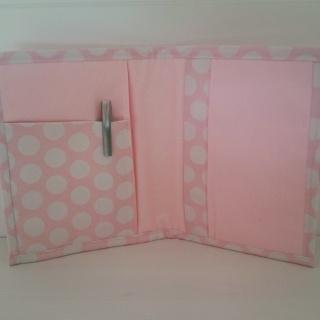 portadocumentos-rosa-regalos-con-tela